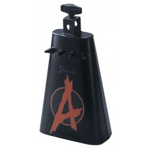 pearl pcb20 rock anarchy cowbell La PCB20 Anarchy Cowbell de Pearl cuenta con costuras totalmente soldadas que fusionan este monstruo negro de acero en una bestia ruidosa. Brida de potencia para proteger sus baquetas, puntas de metal y el símbolo de anarq