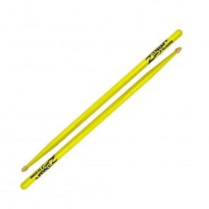 Zildjian 5acwdgy drumstick Baquetas que son coloridas en tono y apariencia Zildjian ha lanzado sus populares baquetas modelo 5A Acorn en una selección de acabados de neón multicapa La 5A Acorn recién se ha probado que se encuentra justo en medio de las me