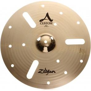 """Zildjian A Custom EFX Crash 16"""" combina la suavidad de la línea A Custom con un toque de china Rápido, un poco sucio y controlado, este platillo de aspecto distintivo tiene una flor musical con un amplio rango tonal Tocando suave, se asemeja a un Thin Cra"""